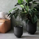 Set of 2 Planters in grey color vig